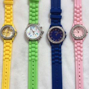 [ Set of 4 Geneva Rubber Watches ]